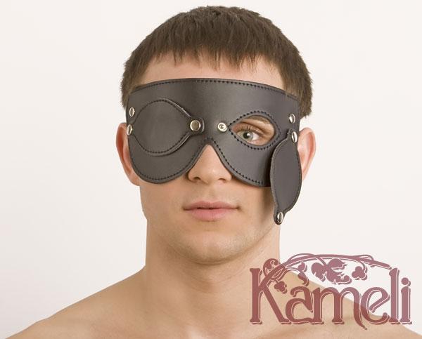 Кожаная маска с отстёгивающимися шорами