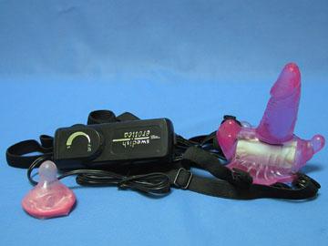 Комбинированный вибростимулятор *Бабочка Венеры* с мини фаллоимитатором на трусиках