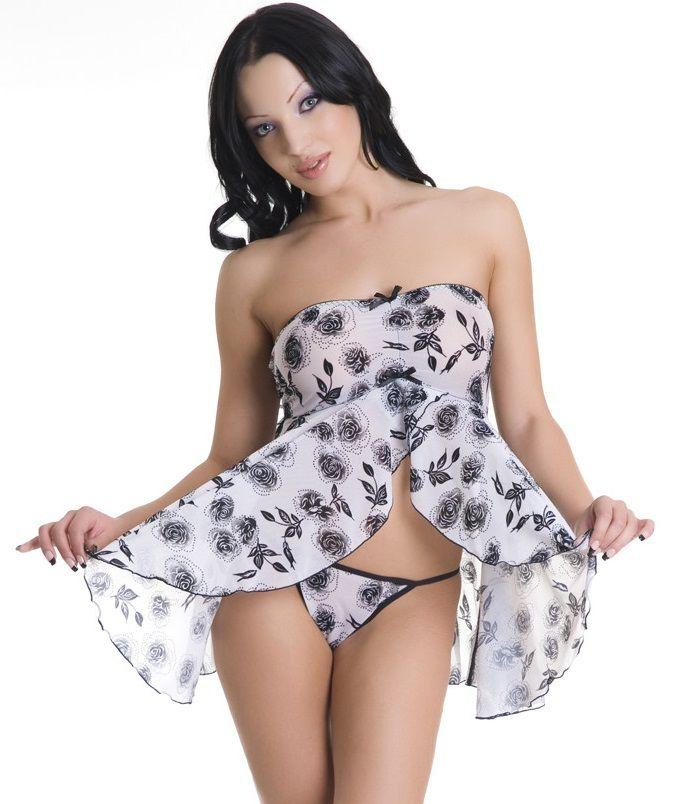 Струящаяся сорочка и трусики-стринг с цветочным принтом - фото 700540