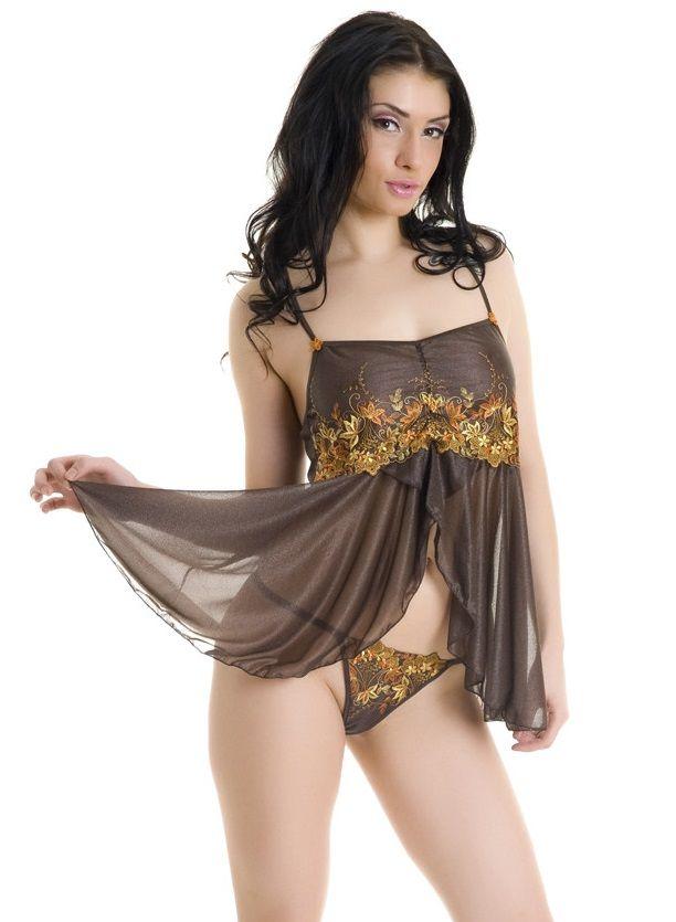 Прозрачная сорочка со струящимся подолом и вышивкой на лифе - фото 312277