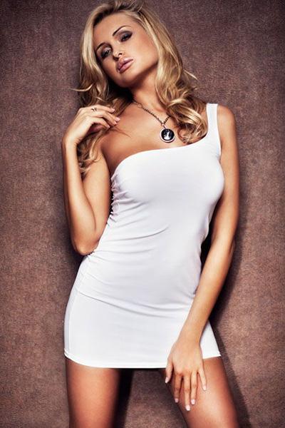 Платье с оголенным плечом - фото 313706