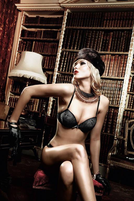 Черный бюстгальтер Agent Of Love с косточками, мягкими чашечками и съемными бретельками - фото 522565