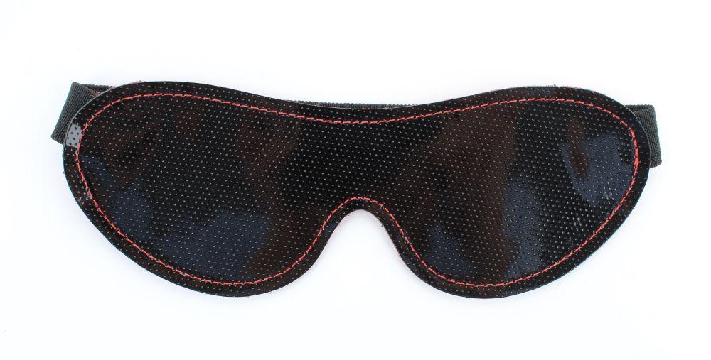 Чёрная перфорированная маска из кожи с красной строчкой - фото 161919