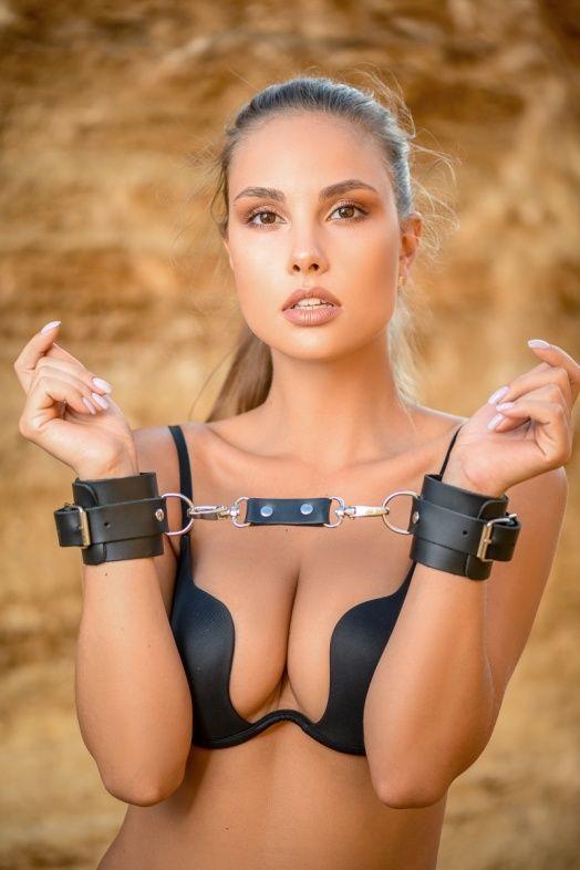 Черные кожаные наручники Ladys Arsenal  - фото 1308352