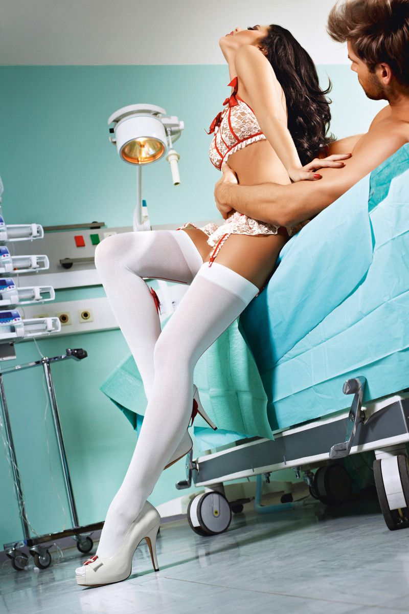 Чулки медсестры Emergency Room Nurse - фото 528556