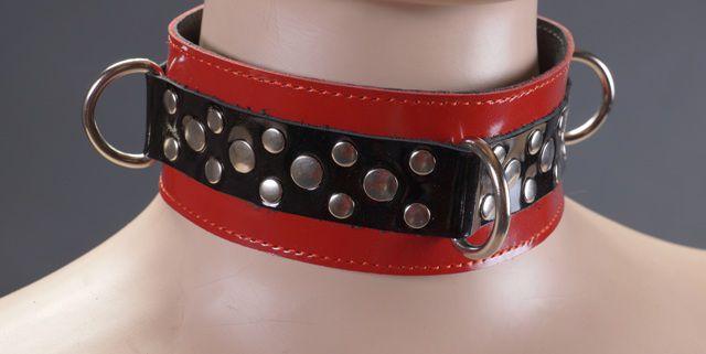 Красный лакированный ошейник на мягкой подкладке
