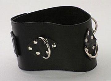 Чёрный не подшитый кожаный ошейник с кольцами - фото 1653430