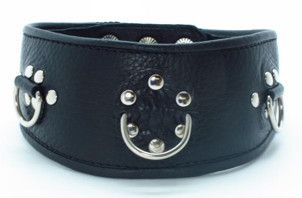 Чёрный кожаный ошейник с полукольцами и клёпками - фото 127284