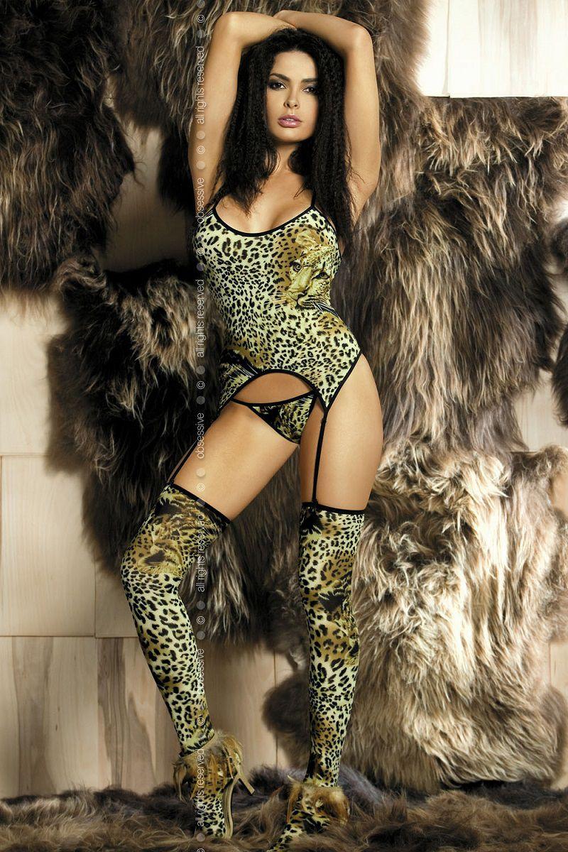 Леопардовый комплект для дикой кошечки: грация, чулки, трусики-стринг - фото 247572