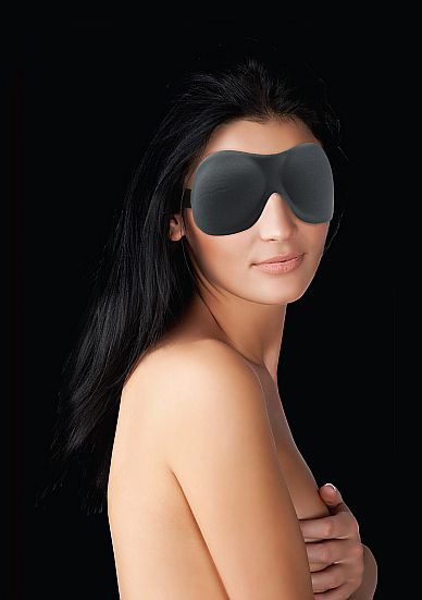 Черная маска Curvy