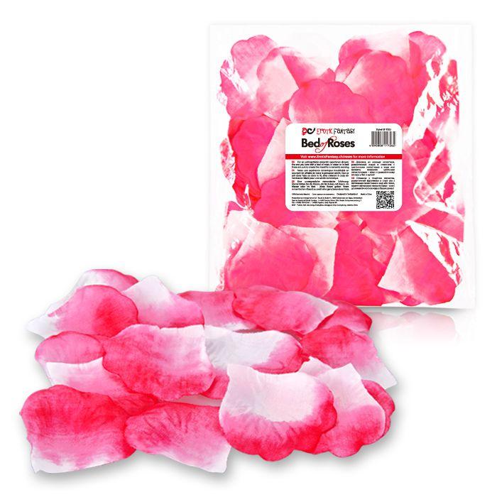 Бело-розовые лепестки роз Bed of Roses - фото 188260