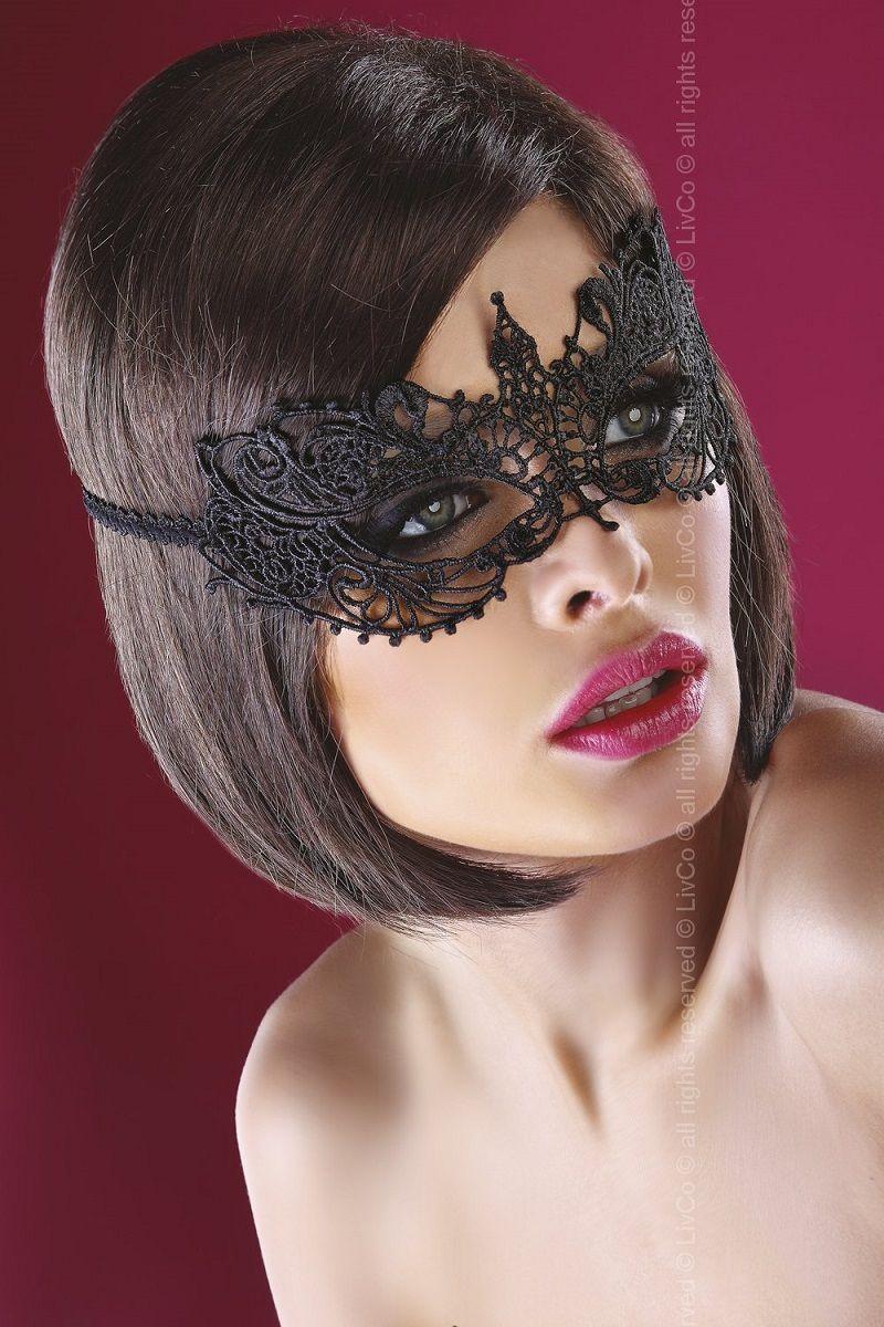 Эффектная маска на глаза из ажура - фото 192344