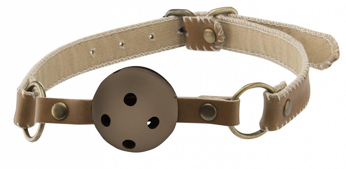 Коричневый пластиковый кляп-шар на кожаных ремешках