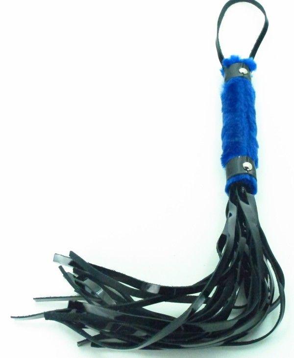 Плеть из лака с синим мехом BDSM Light - 43 см. - фото 146689