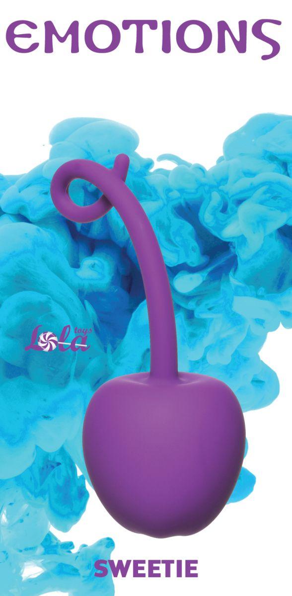 Фиолетовый стимулятор-вишенка со смещенным центром тяжести Emotions Sweetie