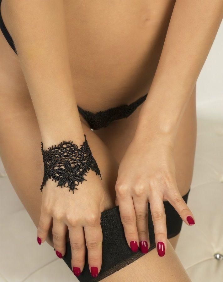 Кружевной браслет Albori с цветочными мотивами - фото 151001