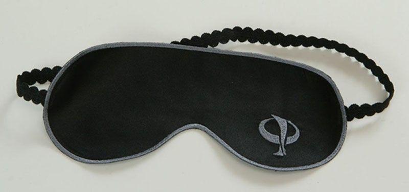 Чёрная маска на глаза для эротических игр