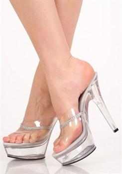 Туфли на прозрачной платформе со стразами