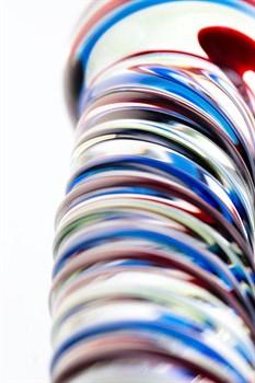 Стеклянный фаллос с разноцветными спиралями - 16,5 см.
