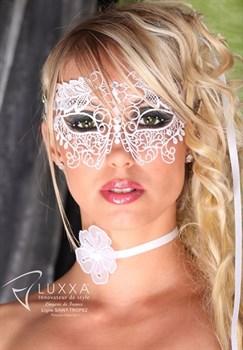 Кружевная маска на глаза со стразами Luxxa St Tropez Loup blanc