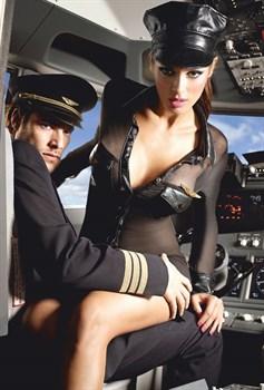 Игровой костюм стюардессы: мини-платье, значок и фуражка