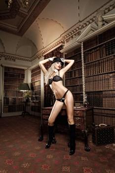 Черный комплект-бикини Agent Of Love со стрингами, косточками, белыми кружевными деталями и бантиком