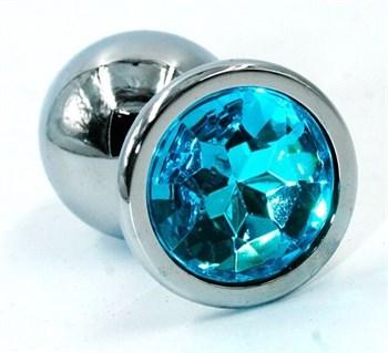 Серебристая хромированная анальная пробка с голубым кристаллом - 7 см.