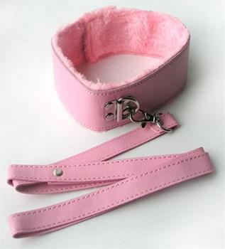 Розовый ошейник с поводком на карабине