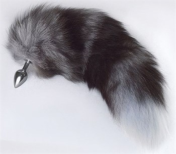 Серебристая анальная пробка с пушистым хвостом