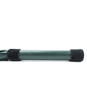 Плеть изумрудного цвета Ladys Arsenal с гладкой ручкой - 45 см.