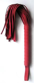 Красная многохвостая плеть с круглой ручкой - 46 см.