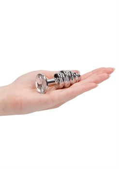 Серебристая анальная пробка с прозрачным кристаллом Ribbed Diamond Plug - 7,3 см.