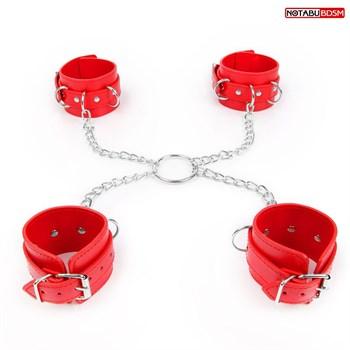 Комплект красных наручников и оков на металлических креплениях с кольцом