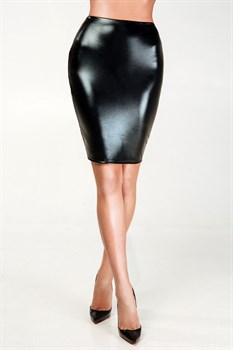 Пикантная лакированная юбка-карандаш с сеточкой