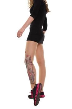 Телесные колготки с имитацией тату сбоку в виде инста-дивы