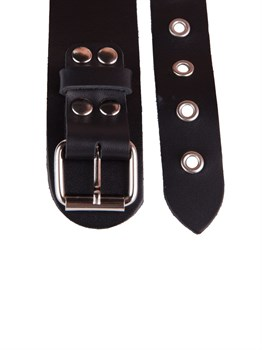 Черный кожаный ошейник с кольцом и клепками