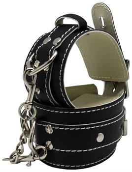 Черные регулируемые наручники с фиксацией на карабинах