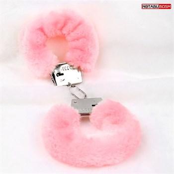 Металлические наручники с мягкой нежно-розовой опушкой