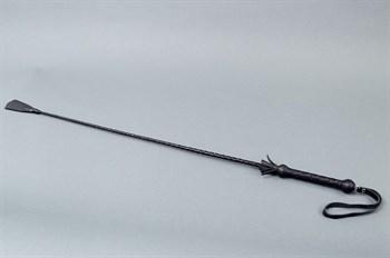 Длинный плетённый стек с наконечником в форме большой кисточки - 85 см.