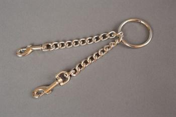 Цепь с центральным кольцом и карабинами по обе стороны - 15 см.