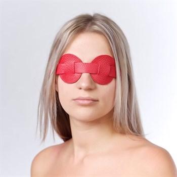 Красная кожаная маска на глаза для эротических игр