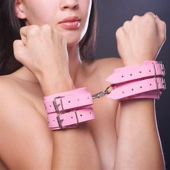 Розовые наручники с меховой подкладкой