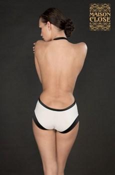 Эротические шорты с завышенной талией и петелькой на шею