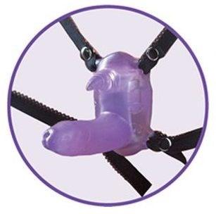 Фиолетовый вибростимулятор в виде рога носорога на регулируемых трусиках и с пультом ДУ