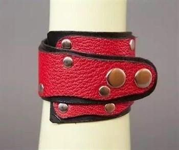Красно-чёрный кожаный браслет «Треугольник»