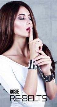 Черные наручники с зеркальным элементом Rosie Black
