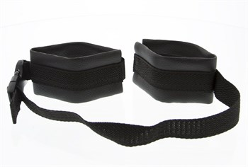 Полиуретановые манжеты на запястья с нейлоновым ремешком Adjustable Wrist Restraints