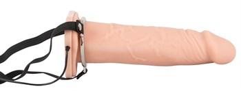 Полый вибрострапон на ремнях Vibrating Strap-On - 22,5 см.