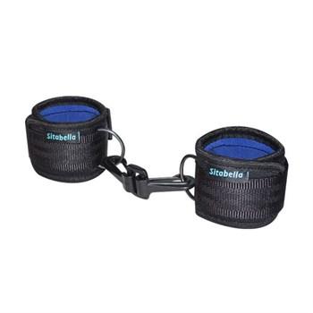 Чёрно-синие наручники из неопрена с карабинами