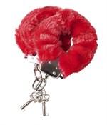 Наручники с красной меховой опушкой - фото 7104